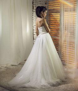 vencana  haljina  voyage salon vencanica kragujevac